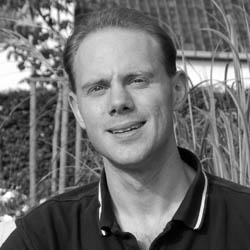 Dr. Philippe Van Overschelde